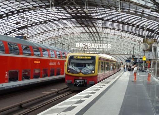 DB-Regio und S-Bahn im Berliner Hauptbahnhof
