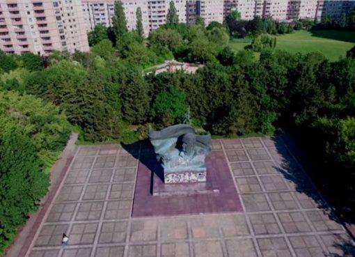 Drohnenflug: Thälmann Denkmal