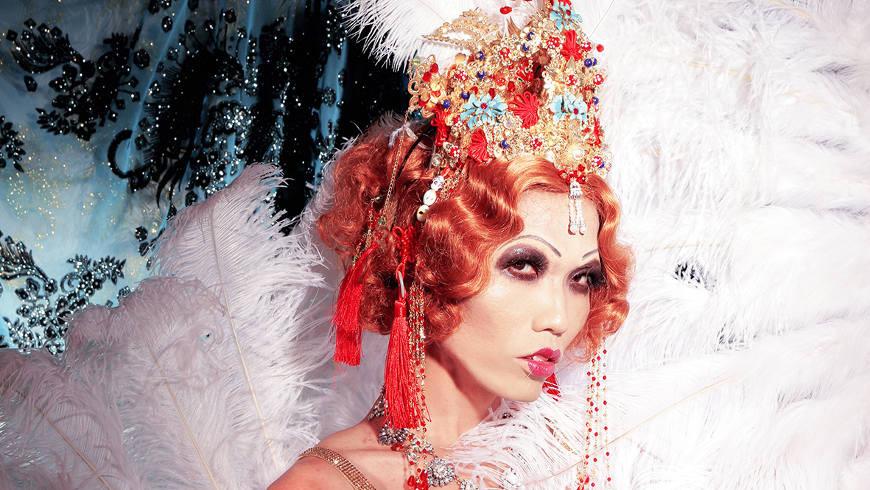 Burlesque Festival Berlin - Foto: (Ausschnitt) Betty Fvck, © Neil Kendall
