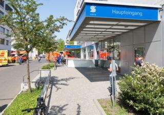 Haupteingang Sana Klinikum Lichtenberg