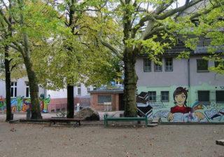 Schulhof des Otto-Nagel-Gymnasiums