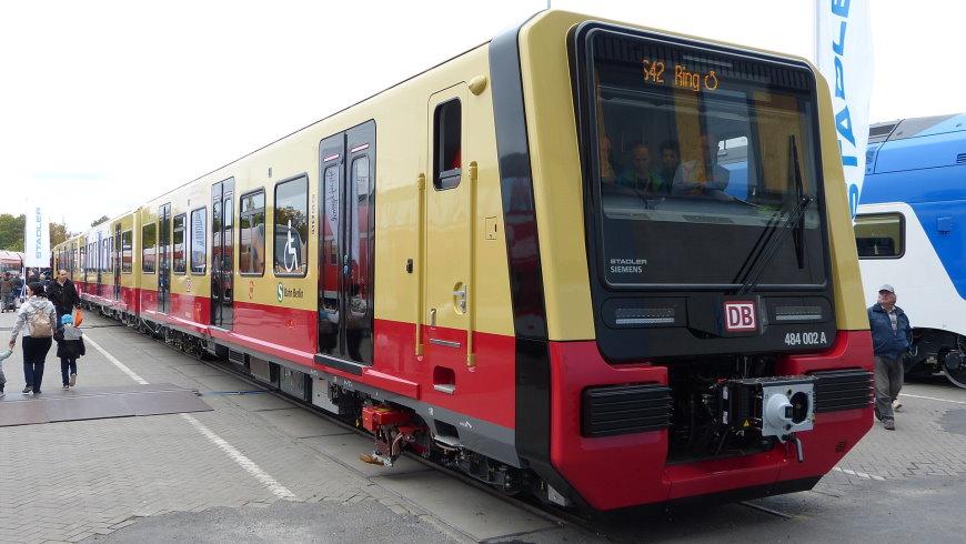 Stadler/Siemens: S-Bahn BR 483/484
